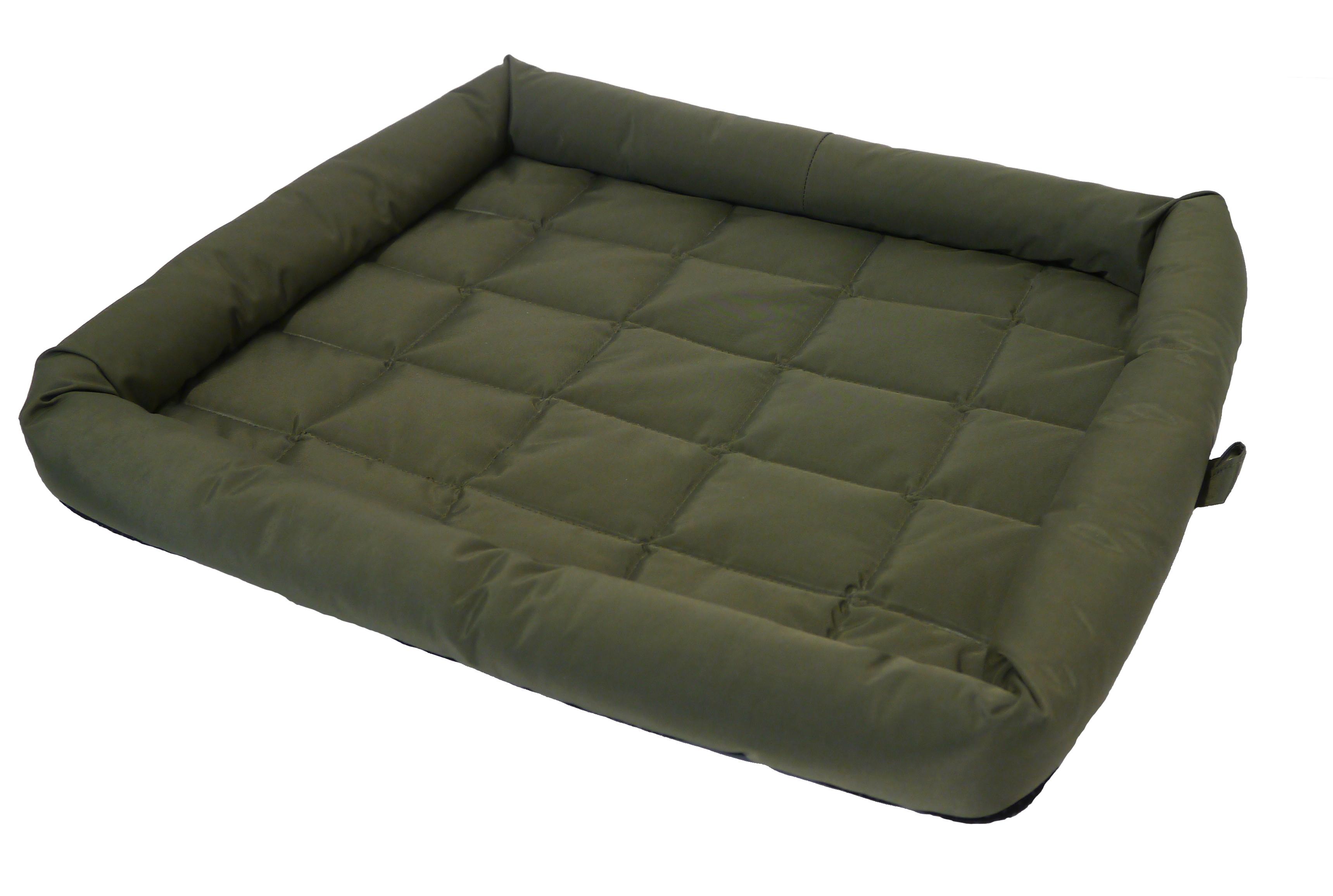40 Winks Plastic Corner Sleeper �� Dog Bed