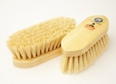 Vale Brothers Equerry Wooden Mexican Fibre Dandy Brush