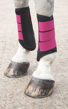 ARMA Neoprene Brushing Boots Raspberry